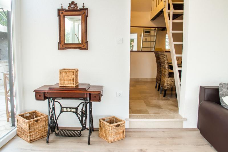 ferienhaus olivenbaum gelassenheit ferienhaus olivenbaum gelassenheit adriaperlen. Black Bedroom Furniture Sets. Home Design Ideas
